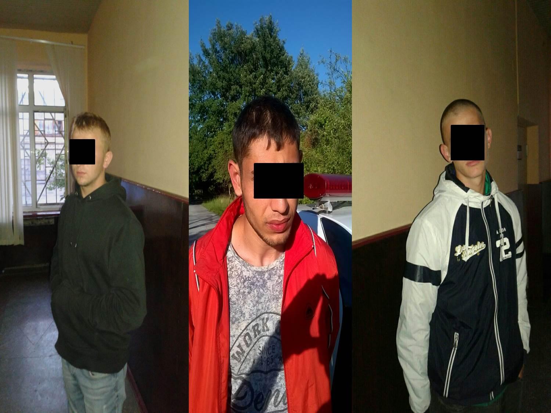 Двое парней ограбили ночью водителя столичного такси