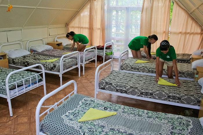 Дети покидают столичные лагеря из-за ужасных условий спустя 2-3 дня после приезда