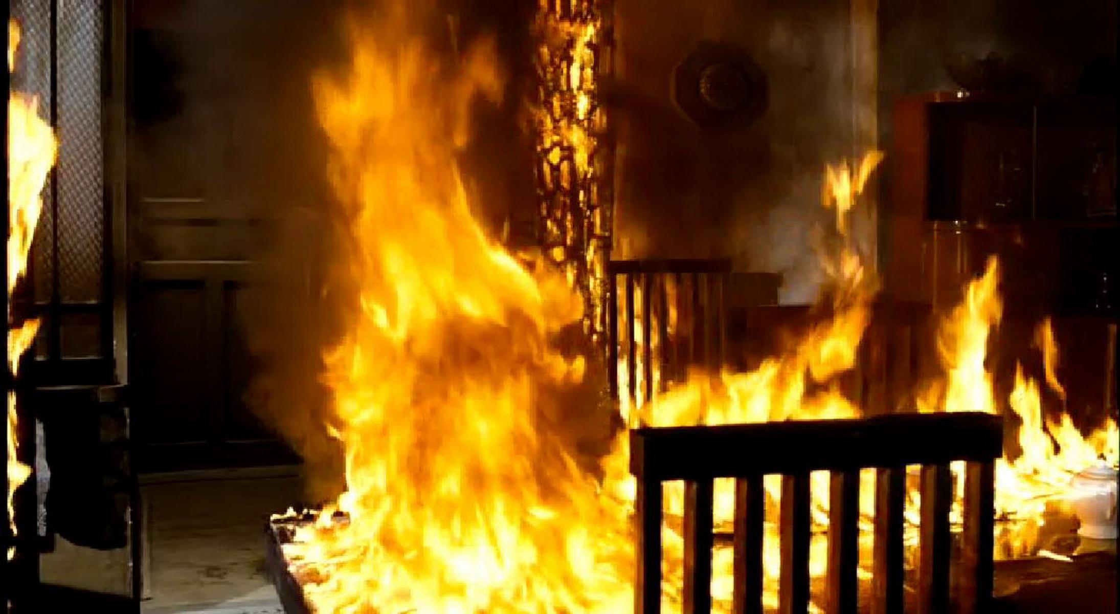 Мужчина поджег свой дом и совершил самоубийство в Теленештах