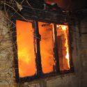 Пожар в Бендерах едва не унес жизни женщины и подростка