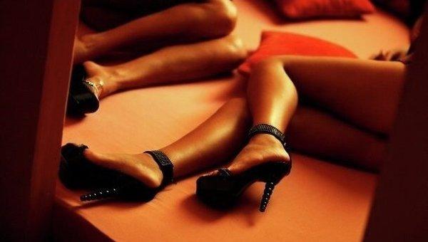 Несовершеннолетних молдаванок заставляли заниматься проституцией в Румынии