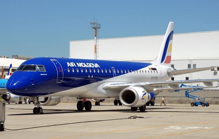 Самолёт Air Moldova получил повреждения при посадке в Москве