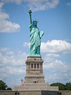 Президент РМ поздравил главу США с национальным праздником Днем Независимости
