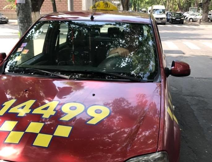 Алчность столичных таксистов возмутила жителя Кишинева (ФОТО)