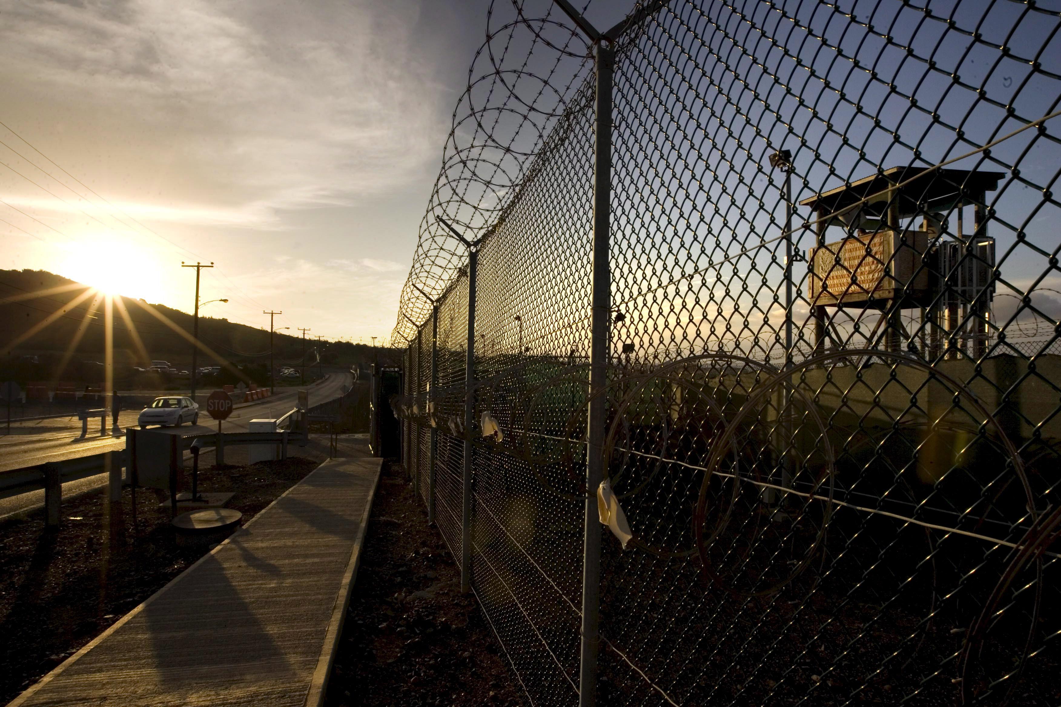 Наркотики, дрожжи и мобильные телефоны: что на прошлой неделе пытались передать заключённым
