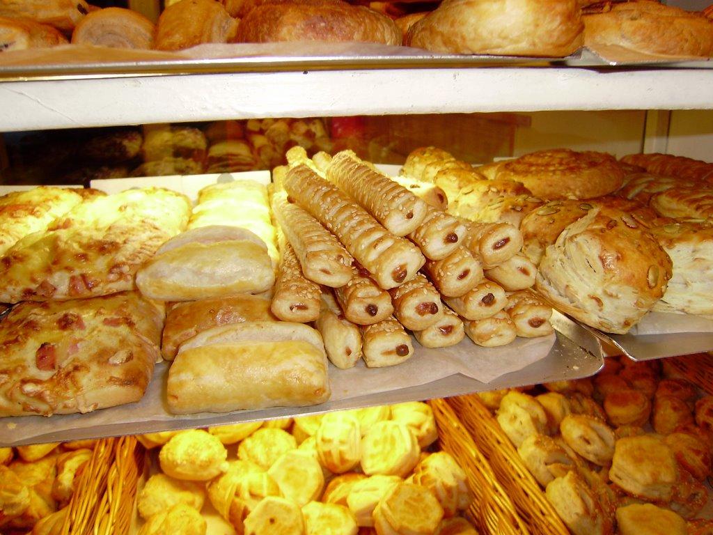 Антисанитария в кишиневской закусочной лишила аппетита покупательницу