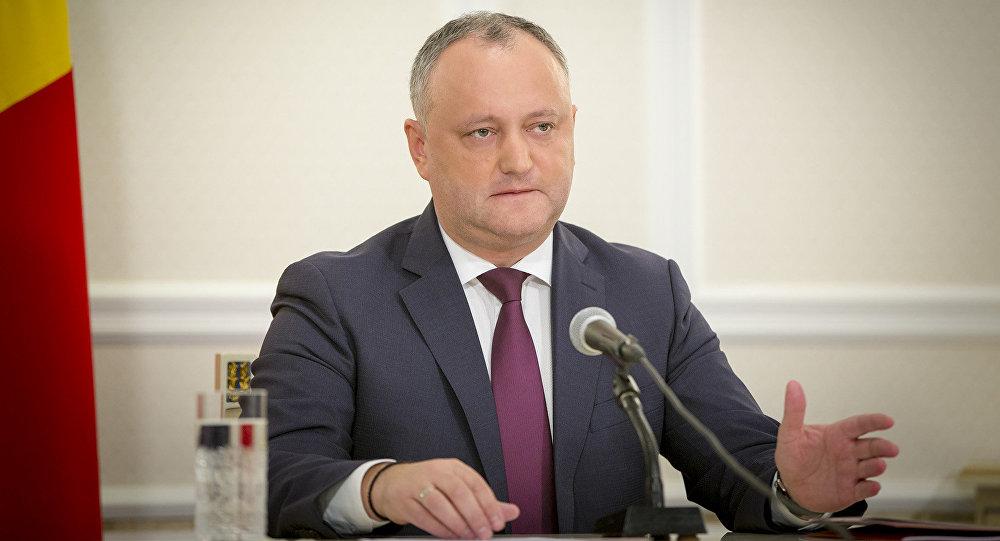 Додон напомнил правительству о визите в нейтральную Молдову генералов из США