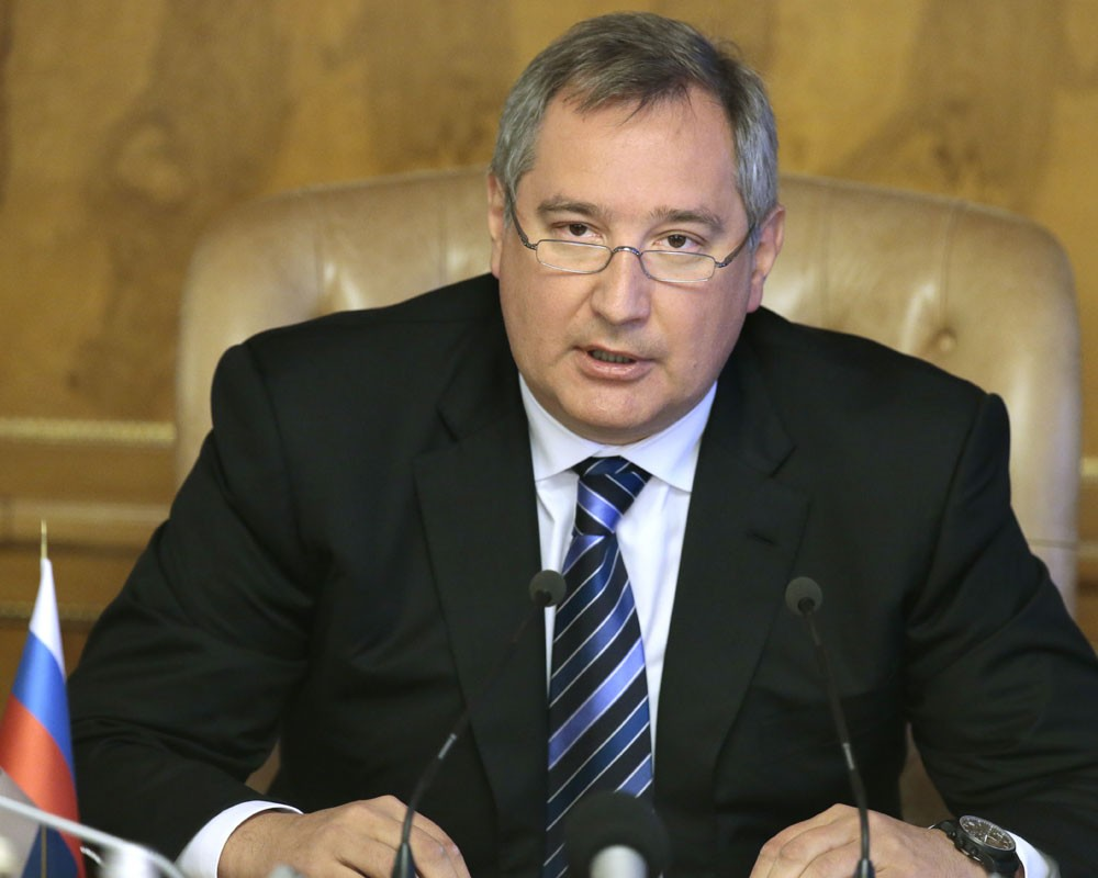 Власти Румынии не пропустили самолет с Рогозиным в Молдову