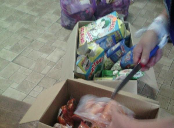 Давно просроченные продукты обнаружили в магазинах и детских лагерях Глодян (ФОТО)