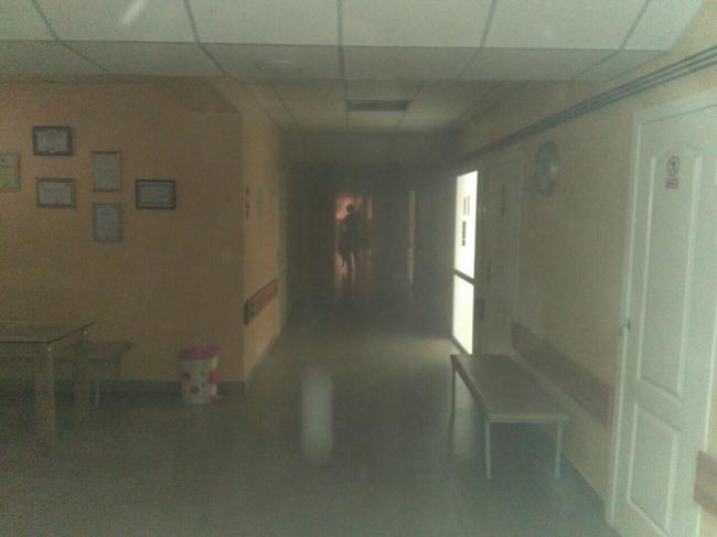 Пациентов детской больницы в Кишиневе эвакуировали из-за короткого замыкания (ФОТО)