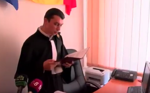 Суд постановил провести референдум по отставке Дорина Киртоакэ (ВИДЕО)