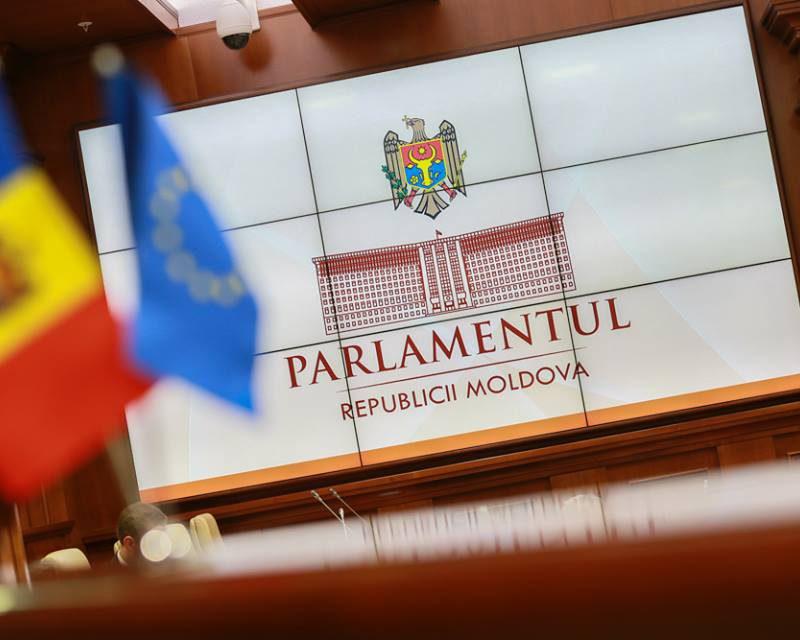 Депутаты ПСРМ жестко раскритиковали законопроект о двойном гражданстве для сотрудников СИБ (ВИДЕО)