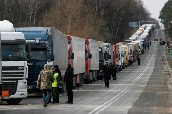 Водители грузовиков смогут запланировать время пересечения границы