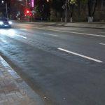 Ужасное качество только что отремонтированной дороги в центре столицы возмутило горожан