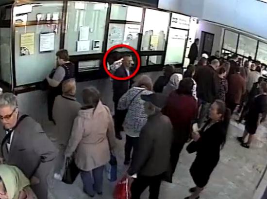 Орудовавшего в поликлиниках карманника задержала столичная полиция (ВИДЕО)