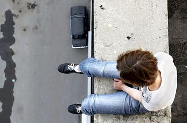 Призывающие к самоубийству через соцсети молдаване могут оказаться за решеткой