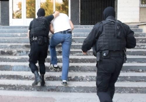 """""""Наследившую"""" в доме банду грабителей идентифицировали по отпечаткам (ВИДЕО)"""