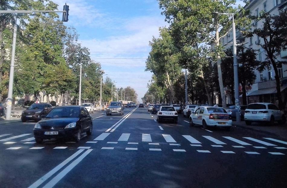 На бульваре Штефана чел Маре появилась новая дорожная разметка (ФОТО)