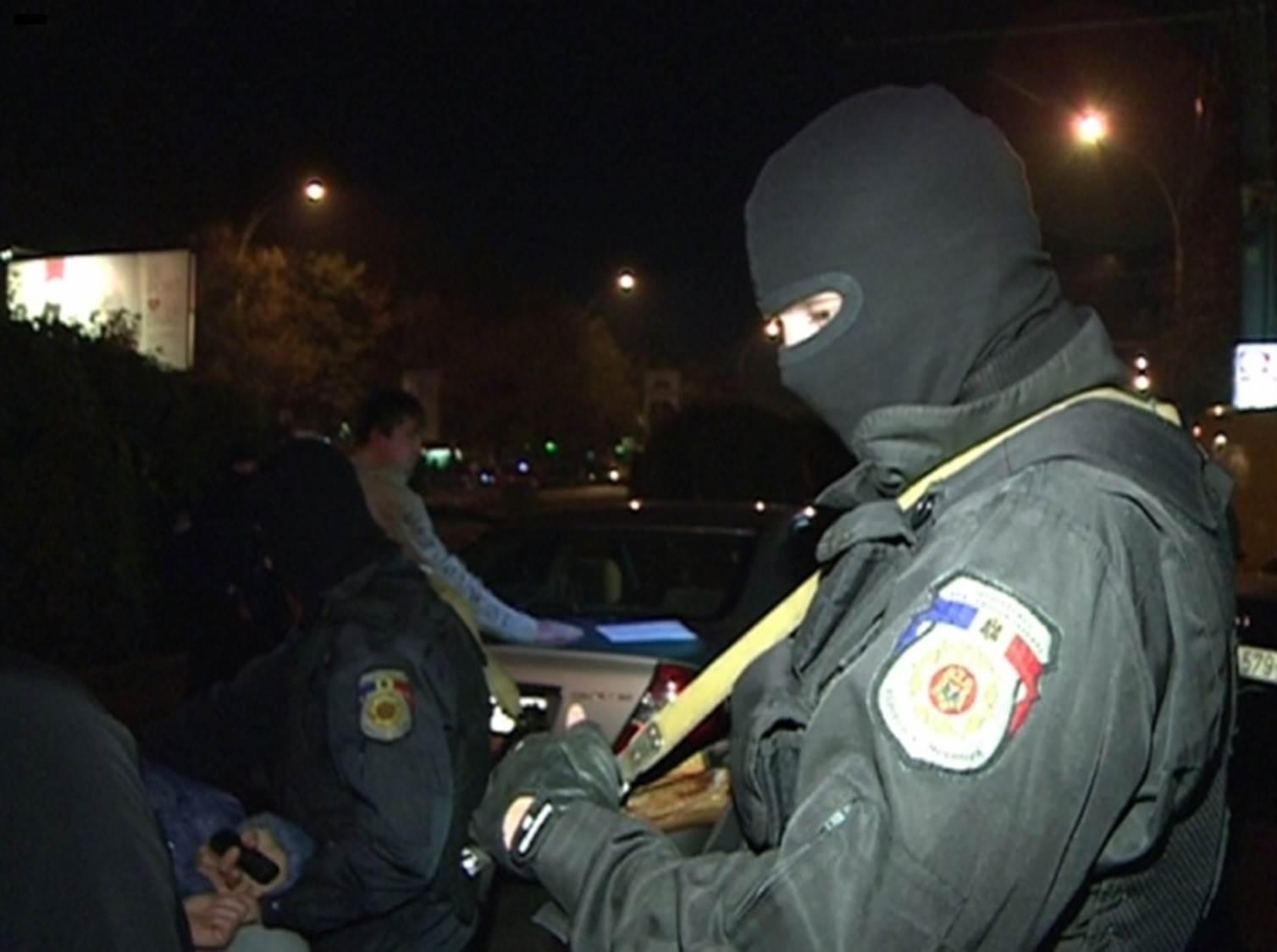 В ночные клубы Кишинева ворвалась бригада спецназа Fulger (ВИДЕО)
