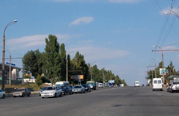 Переходящую дорогу в неположенном месте пенсионерку насмерть сбили в Кишиневе