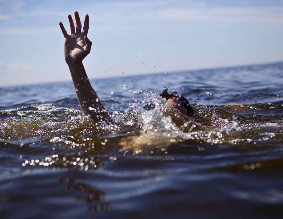 Стали известны подробности об утонувшем вчера в Комсомольском озере мужчине