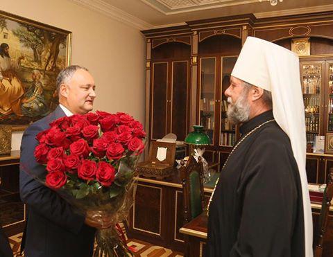 Президент поздравил митрополита Владимира с юбилеем