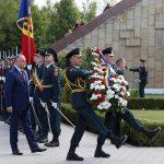 Игорь Додон возложил цветы к воинскому мемориалу «Шерпенский плацдарм»