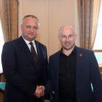 Игорь Додон поздравил Николая Старикова с днем рождения
