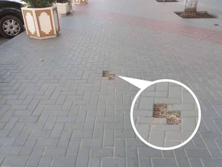 Перфекционистам не смотреть: укладка плитки на Штефана чел Маре не радует глаз (ФОТО)