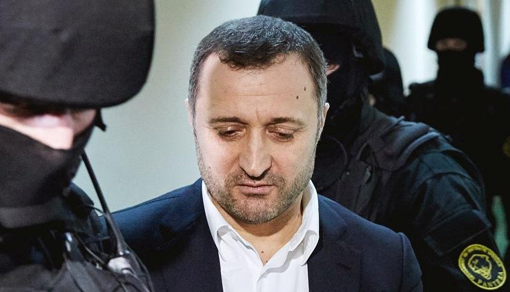 Филат прошел обследование в частном медицинском центре Кишинева
