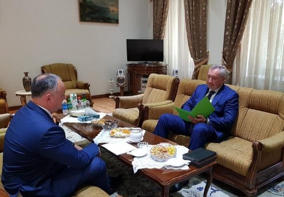 Додон попросил Россию воздержаться от санкций за агрессивную политику властей РМ
