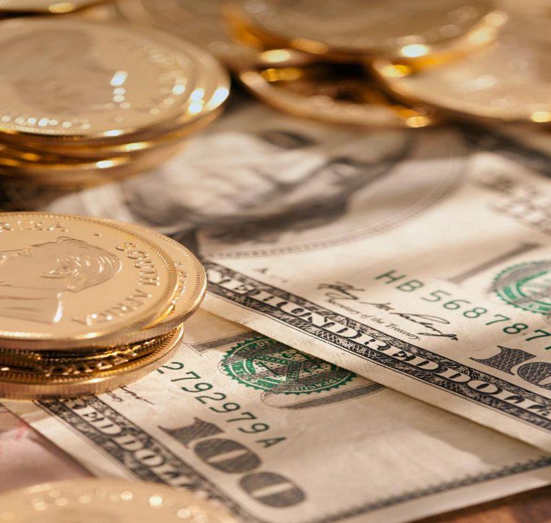 Курс валют: американский доллар продолжает падение