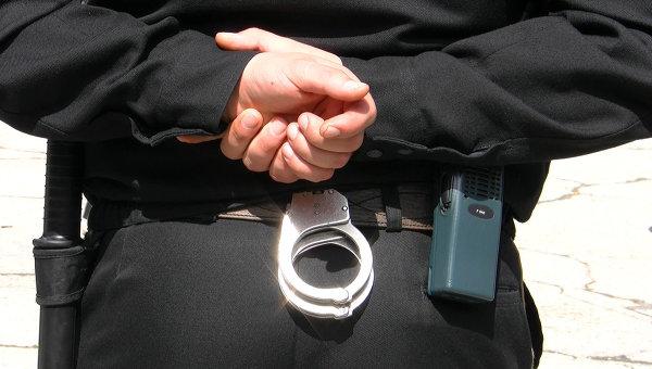 Пьяный молодой человек избил полицейского и был лишен свободы на 6 лет