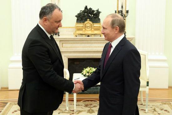 Путин поздравил Додона и весь молдавский народ с Днем независимости (ФОТО)