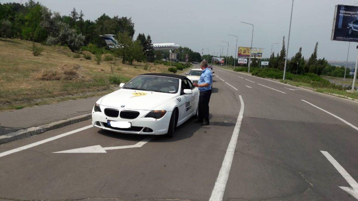 Многочисленные нарушения выявлены в работе компании Yandex.Taxi