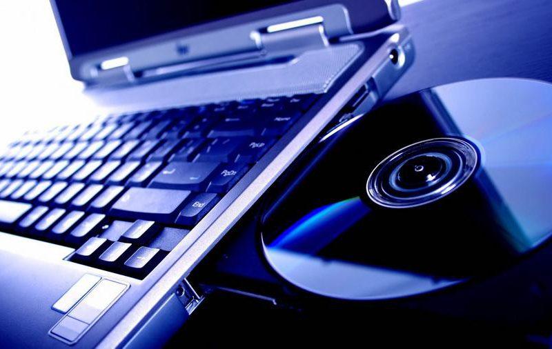 Кишиневец смог вернуть 8 тысяч леев, потраченные на «проблемный» ноутбук