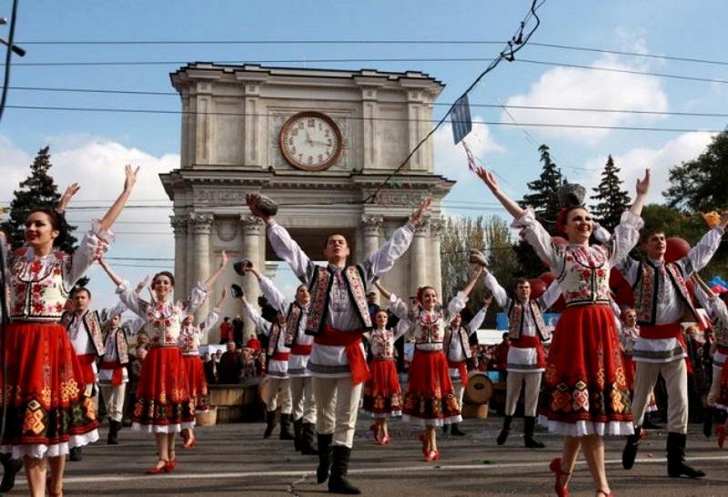Спикер поздравила с Днём города всех жителей и гостей Кишинева