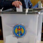 Парламентское большинство проголосовало за проведение референдума в день выборов