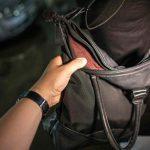На Рышкановке женщина подверглась нападению грабителя (ВИДЕО)