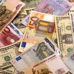 Сумма денежных переводов в Молдову с начала года близится к 1 миллиарду долларов (ГРАФИК)