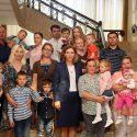 Фонд первой леди поможет 10 детям услышать голоса своих мам