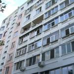 Жителей многоэтажки на Чеканах терроризируют блохи (ВИДЕО)