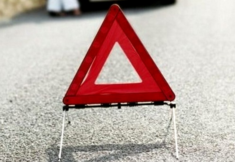 Машина скорой помощи попала в аварию на Скулянке (ВИДЕО)