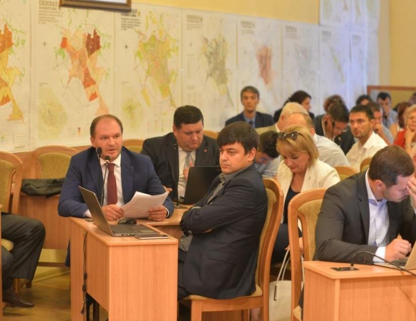 Социалисты призвали кишиневцев к участию в слушаниях по подготовке к отопительному сезону
