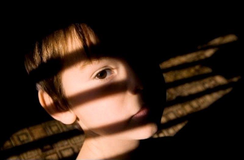 Директора столичного интерната №3 подозревают в торговле детьми