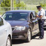 Гражданин Молдовы и Румынии попался на границе с 15 литрами коньяка