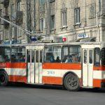 На Рышкановке загорелся троллейбус (ВИДЕО)