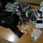 Столичный карманник украл у пассажирок мобильный телефон стоимостью 20 тысяч леев и кошелек (ВИДЕО)