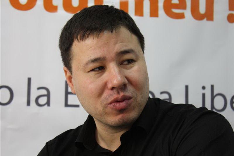 Цырдя: В Молдове разыгрывается спектакль для идиотов – хорошие воры борются с плохими