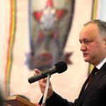 Додон: Управление вооружёнными силами страны должно быть в сильных и надёжных руках
